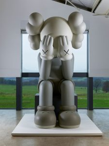 f4_kaws_at_yorkshire_sculpture_park_companion_passing_through_2010_photo_jonty_wilde