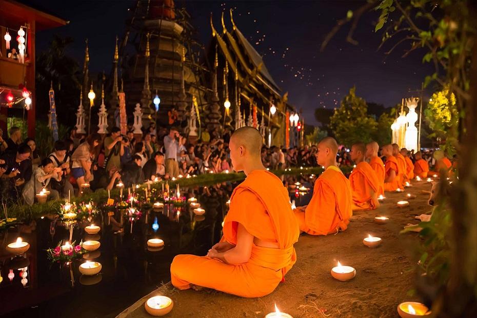 Travelhouse Yi Peng And Loy Krathong Lantern Festival